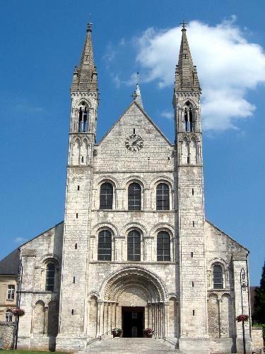 240 best saint martin de tours images on pinterest for Architecture romane