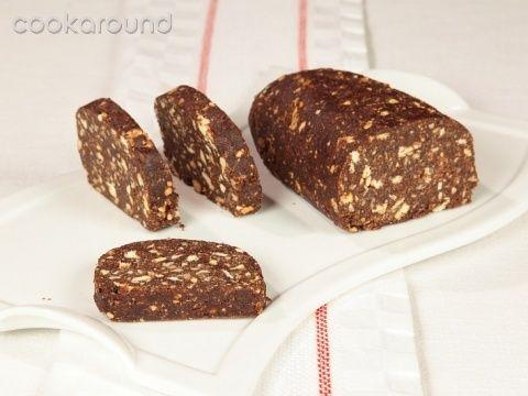 Salame di cioccolato e amaretti: Ricette Dolci | Cookaround