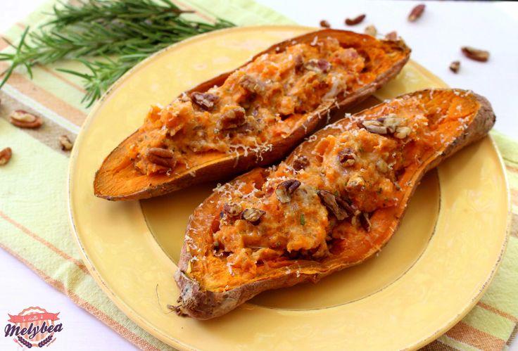 Patate dolci ripiene con bacon e noci. Baked sweet potatoes. #Foodporn