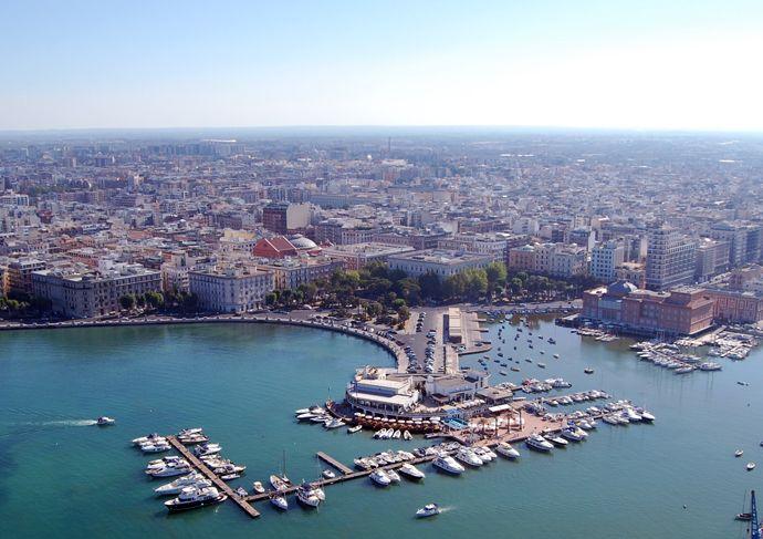 Prenota il tuo soggiorno a Bari su Nettobooking.com www ...
