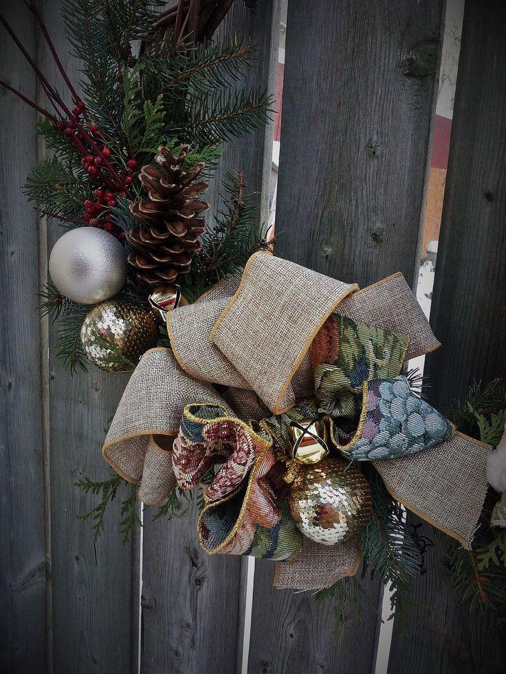 "Grace- Christmas wreath ""Made in Paris"" by Regine Hervy"