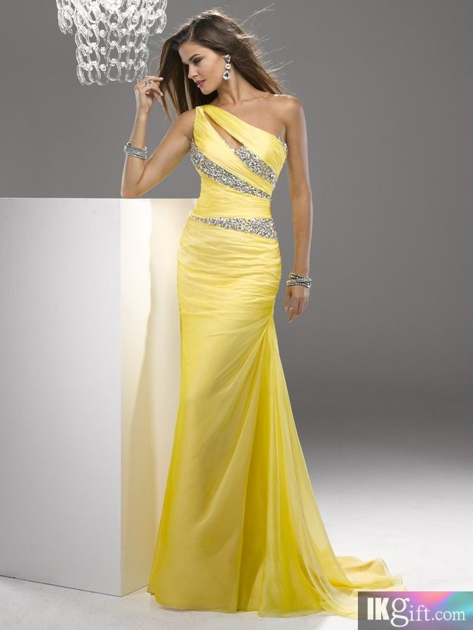 174 best Prom and Graduation Dresses images on Pinterest | Prom ...