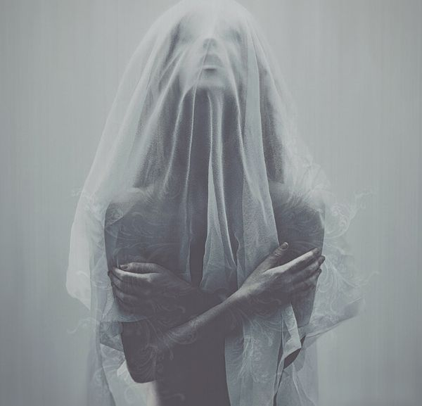 Lost in a Kingdom by Leslie Ann O'Dell, via Behance #veil #portrait #woman