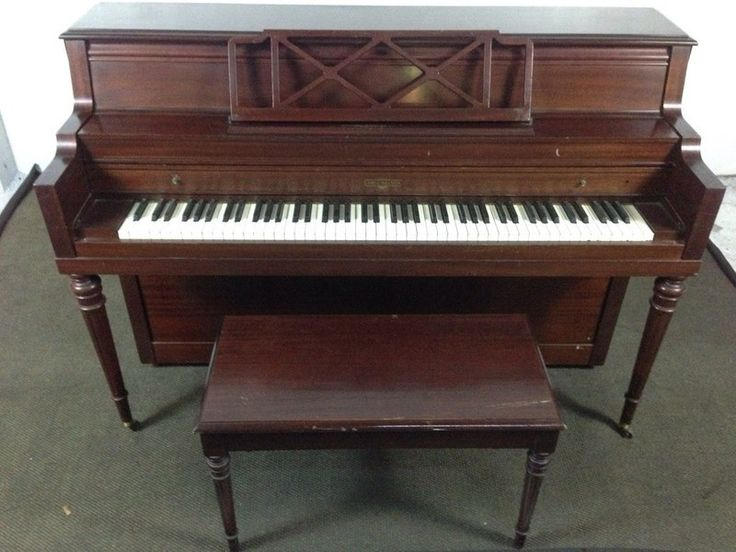 8ea49b78fbfd9ae6e6f524c44a99248d best 25 upright piano ideas on pinterest upright piano decor Antique Cable-Nelson Piano at pacquiaovsvargaslive.co