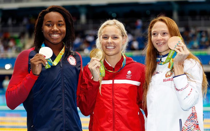 Medalla - Manuel, Simone, Blume, Pernille, Herasimenia, Aliaksandra - Natación…