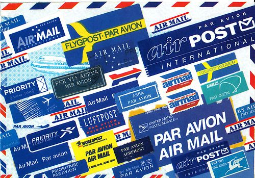 irispostcards:  A free postcard.  I ♥ postcards with airmail stickers  Ok, I also ♥ airmail stickers!