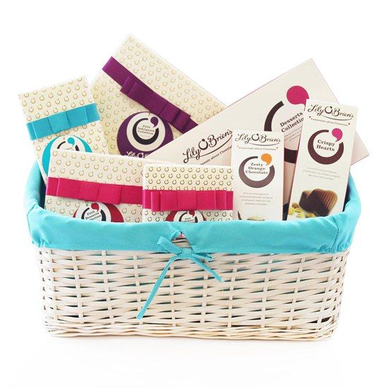 Chocolate Gift Basket, Especially for Mum, 1212g - Free Irl