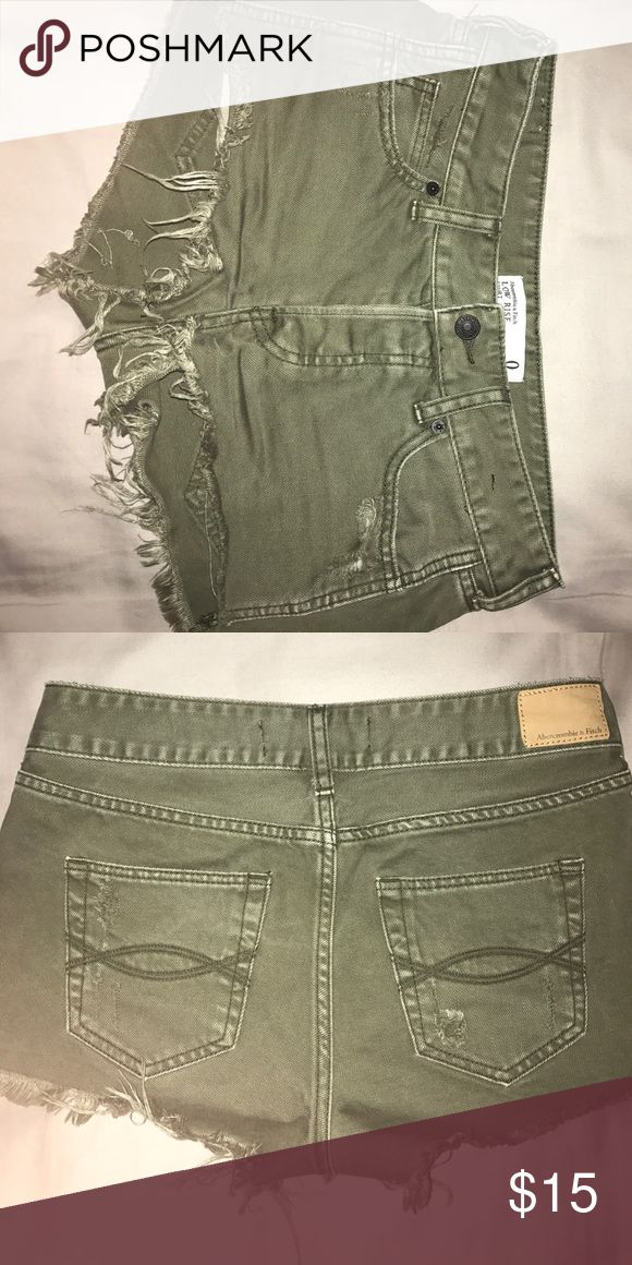Olive green Abercrombie and fitch shorts Abercrombie and fitch olive green shorts. Frayed bottoms with a semi-destroyed look. Worn once and in perfect condition. Size 0, low rise Abercrombie & Fitch Shorts