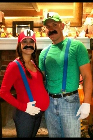 Mario and Luigi - Best Halloween Costumes For Pregnant Bellies | The Baby Post