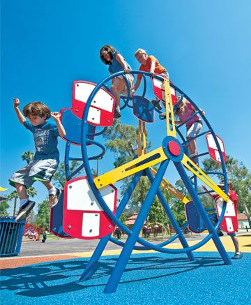 Encourage creative play and active fun with this innovative Ferris Wheel Climber.