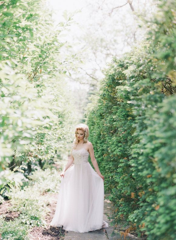 25 Best Ideas About French Country Weddings On Pinterest Stock Bridal Bouq
