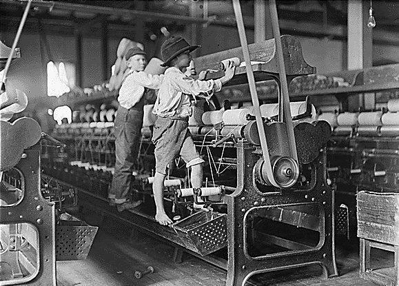 Los niños como mano de obra barata.