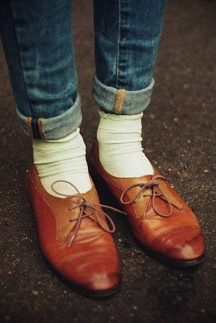: Fashion Shoes, Oxford Shoes Flats, Oxford Shoes Socks, Oxfords Shoes, Classic Oxfords, Brown Shoes, Brown Flats, Shoes Style