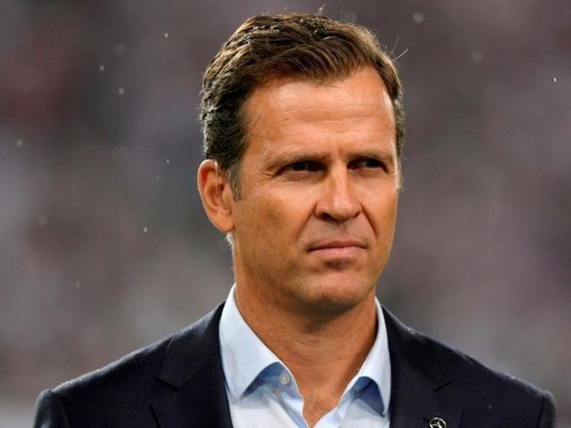 """Bierhoff: """"Umgang mit Beckenbauer tut weh"""""""