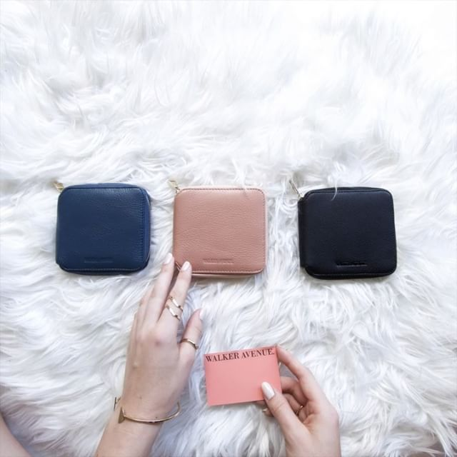 #OBSESSED with this amazing creation by @onehivecreative featuring the Drive wallet! So clever 💘 Thank you! Drive is available online now www.walkeravenue.com.au [salmon is almost sold out so be quick!]