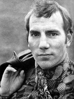 """Pete Postlethwaite (1946-2011)  """"Postlethwaite was born in Warrington, Cheshire, England in 1946. He trained as a teacher and taught drama before training as an actor. Steven Spielberg called Postlethwaite """"the best actor in the world""""... """" <3"""