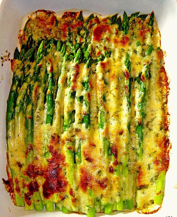 Albertos grüner Spargel mit Parmesancreme, ein raffiniertes Rezept aus der Kategorie Gemüse. Bewertungen: 419. Durchschnitt: Ø 4,4.