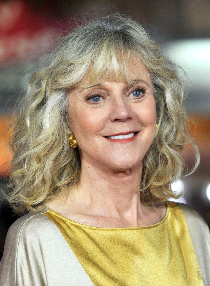 Blythe Danner is an American actress of stage and screen but is probably familiar to most as Gwyneth Paltrow's mother. Description from finder.space.4goo.net. I searched for this on bing.com/images