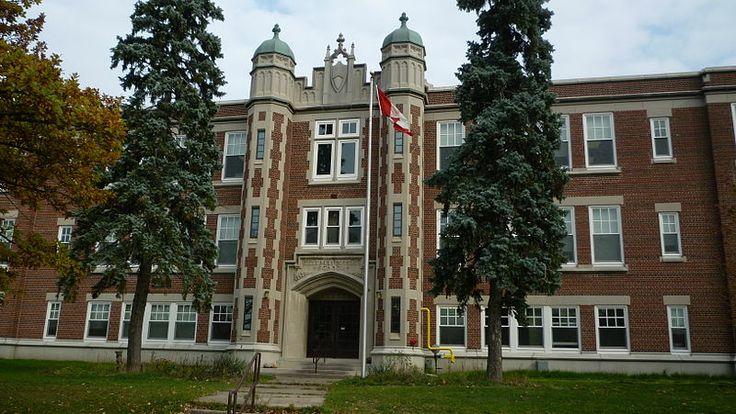 :Elizabeth Ziegler School