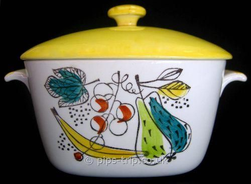 SOLD POTTERY ARCHIVES : Scandinavian Pottery 1 : 1950s Rorstrand (Sweden) 'Granada' Lidded Oven Dish by Marianne Westman