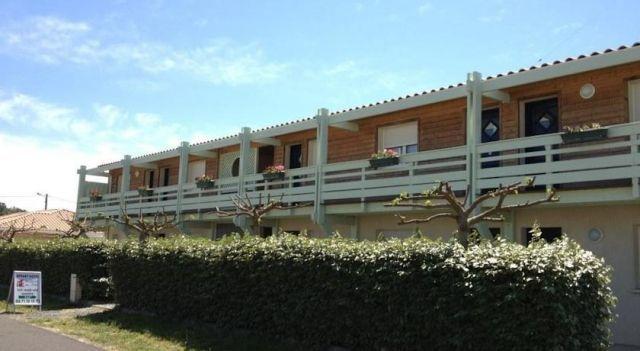 Résidence Appart Hotel Au Pitot - #BedandBreakfasts - $82 - #Hotels #France #Biscarrosse-Plage http://www.justigo.com/hotels/france/biscarrosse-plage/residence-appart-au-pitot_59447.html