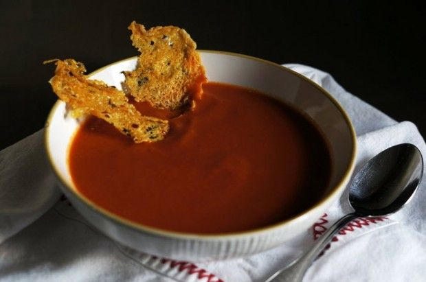 Smoky tomato soup..Chinese lapsang souchong tea adds notes of butter, richness and subtle smoke to tomato soup.