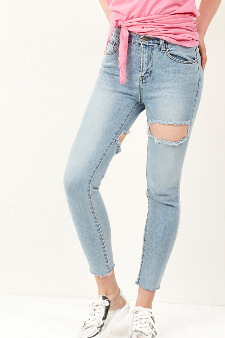 Sona Front Back Cut out Jeans Discover the latest fashion trends online at storets.com #bottoms #jeans #denimpants #cutoutjeans #fashion #ootd #storetsonme