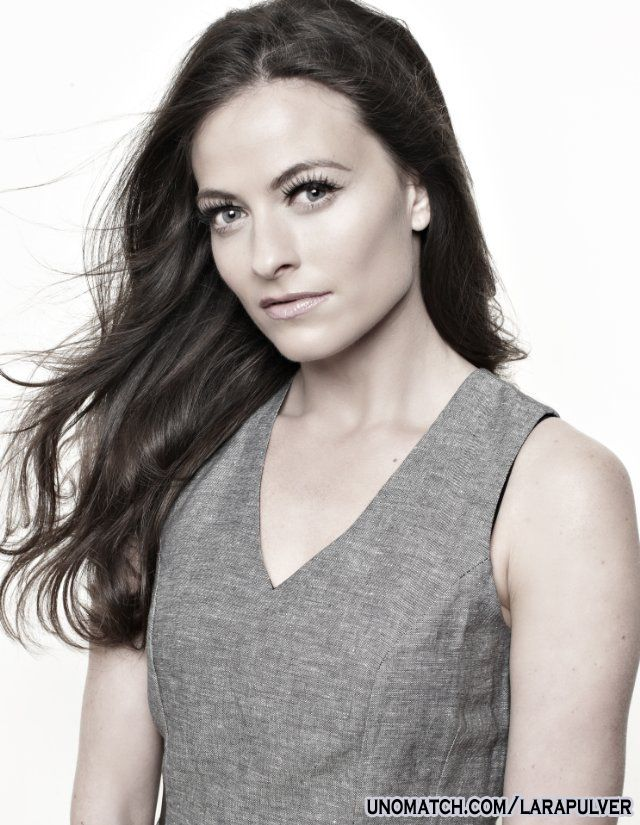 Pulver joined the cast of the third series of HBO's True Blood as Sookie Stackhouse's fairy godmother, Claudine Crane.