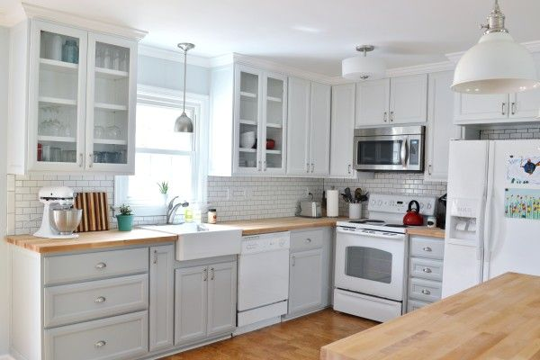 Grey and white kitchen perfection