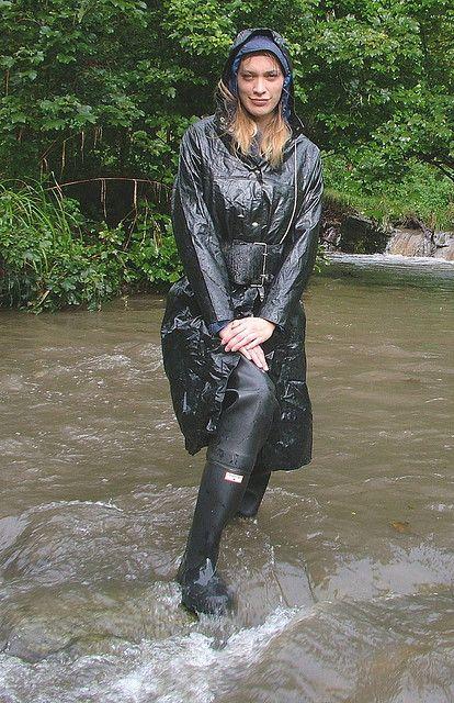 Black Rubber Waders