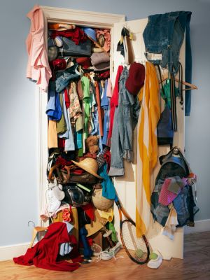 Declutter NOW! How Prospect Theory Clutters Up Our Closets psychology