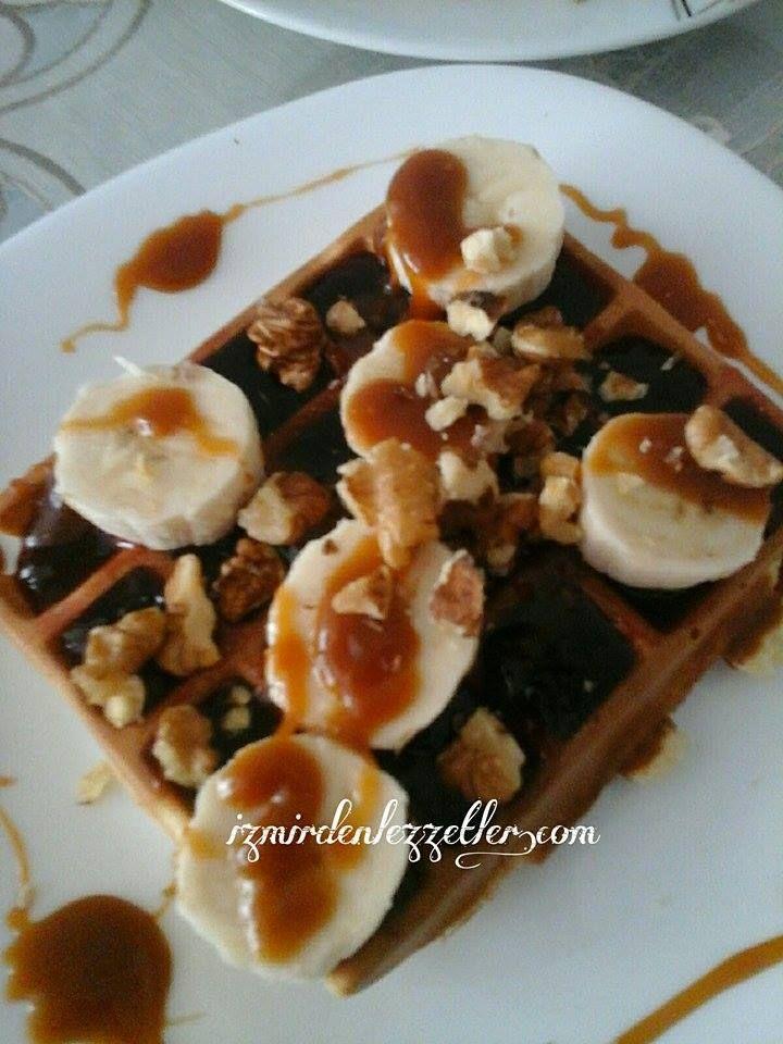 Karamel Soslu Waffle | İzmirdenlezzetler