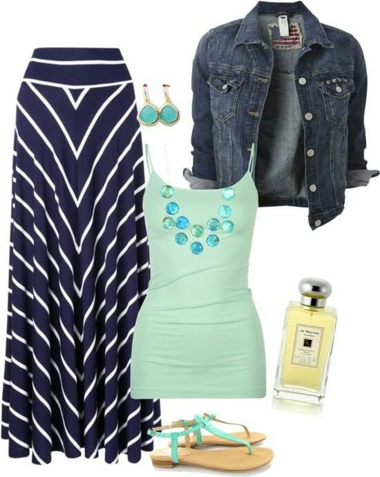 I need to find a navy blue maxi skirt. Love this outfit idea.