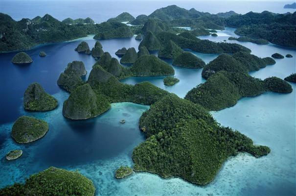 Raja Ampat Islands, West Papua | Phuket on steroid, boasting the highest-recorded marine biodiversity on Earth.
