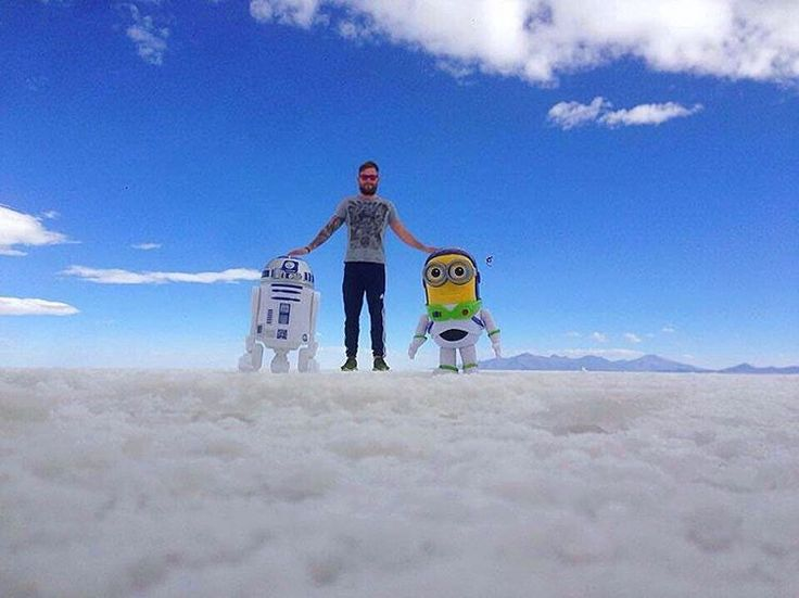 "(@james_spencer_oliver) on Instagram: ""Chilling with my buddies #r2d2 and buzz#minion on the salt flats in Bolivia 🙌👌 #traveltheworld…"""