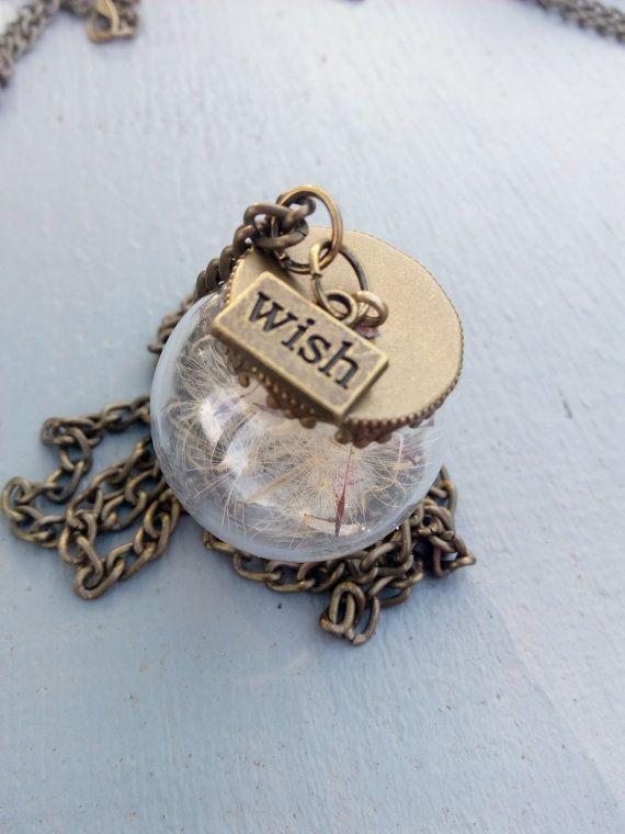 Guarda questo articolo nel mio negozio Etsy https://www.etsy.com/listing/477731434/real-dried-dandelion-seeds-in-a-glass