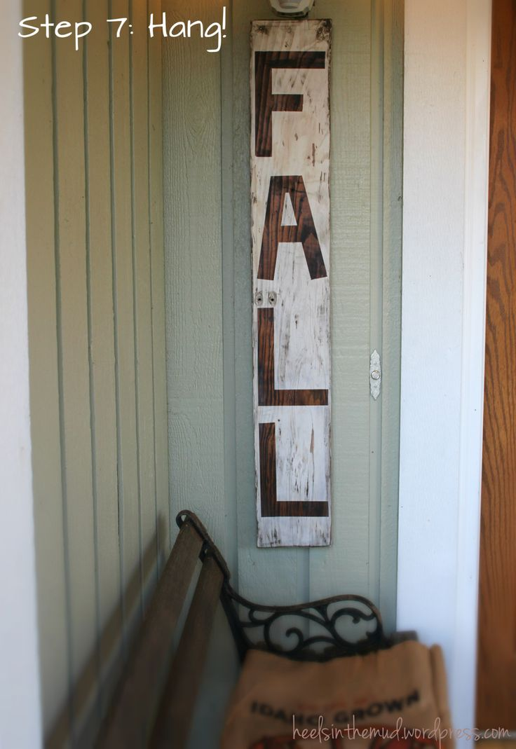 Could easily make this fall decor with driftwood from the lakehouse!