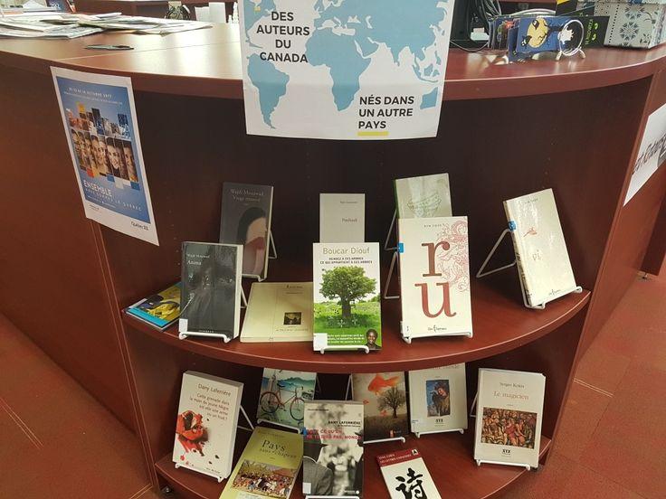 Bibliothèque.  Library display.  Rencontres interculturelles.  Auteurs immigrés