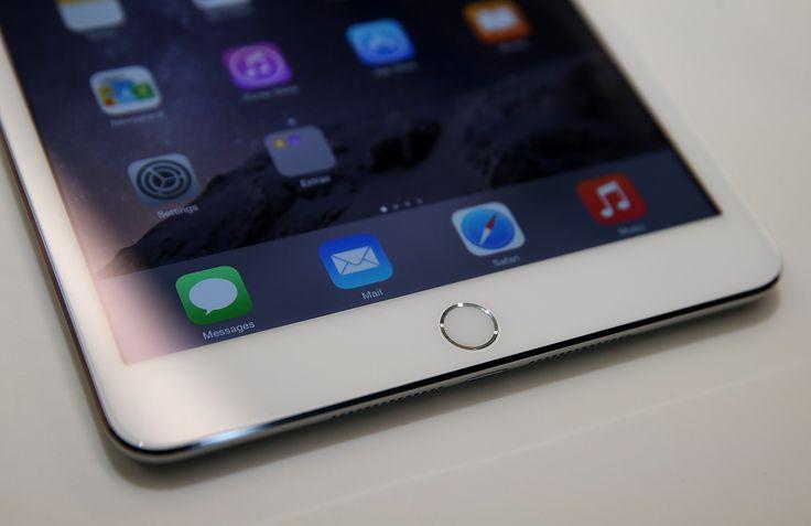 Afgelopen najaar presenteerde Apple een nieuwe iPad Mini en vooral de iPad Pro. De grotere tablet ging er met alle aandacht vandoor, Apple leek er bewust voor te kiezen geen reguliere nieuwe iPad te presenteren. Naar verwachting zal Apple op 15 maart een evenement organiseren, waar we de nieuwe iPad Air 3 zullen zien. Uiteraard …
