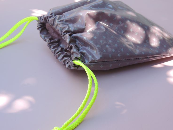 pochette pour maillot de bain, pochette de plage imperméable jaune fluo : Etuis, mini sacs par happyaime