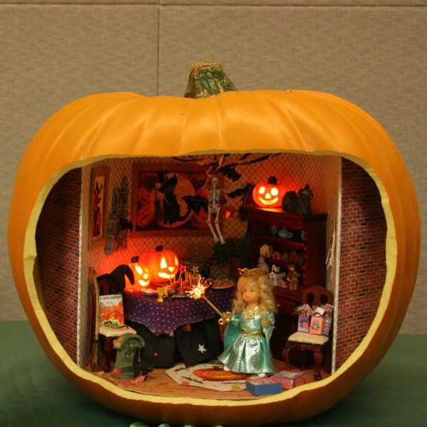 make miniature reminders of a trip to the beach - Miniature Halloween Decorations