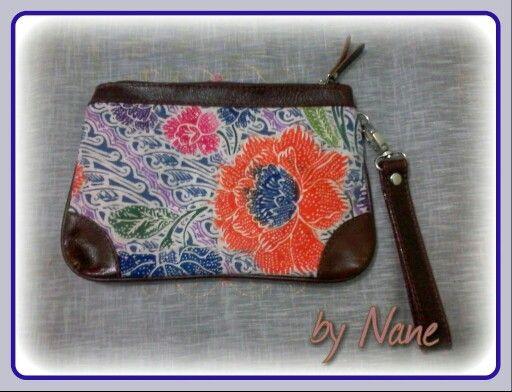Batiks Wristlet - by Nane