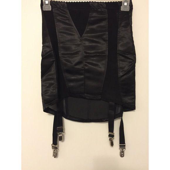 LIP SERVICE Haunting... mini skirt #83-299