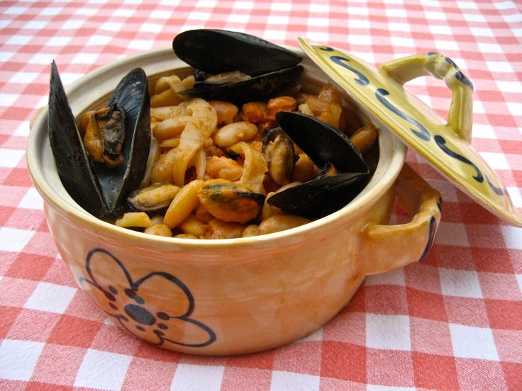 Pasta Fagioli with Mussels