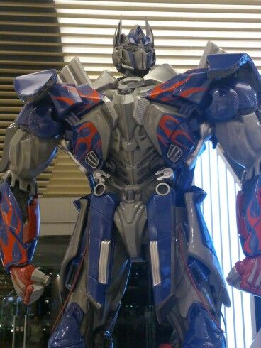 Tranaformers Optimus