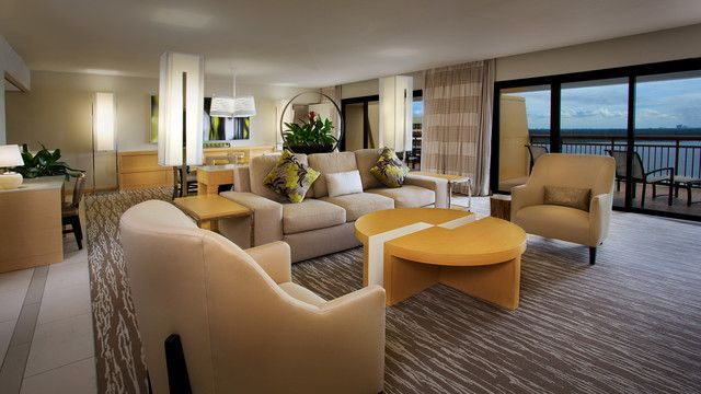 At Disney 39 S Contemporary Resort You Can Book A 2 Bedroom Suite 4 Queen Beds And 1 Queen Size