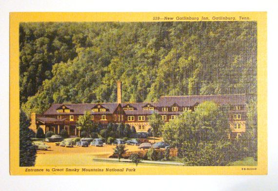 Vintage postcard of New Gatlinburg Inn, Gatlinburg, TN