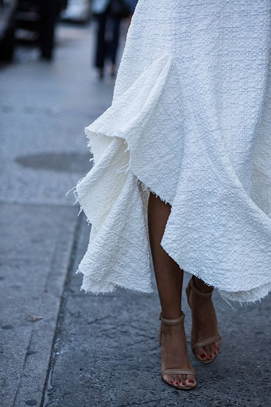 SS16 streetstyle detail  white romantic skirt nude heels red nails so sexy