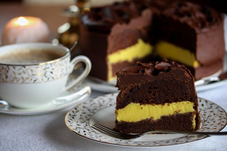 Sjokoladekake med pasjonsfruktfromasj