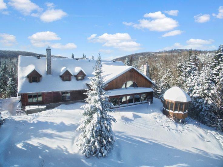 Chalets Spa Nature Lodge d'howard à Saint-Adolphe-d'Howard, Laurentides - Coeur des Laurentides #chalet #laurentides #coeurdeslaurentides